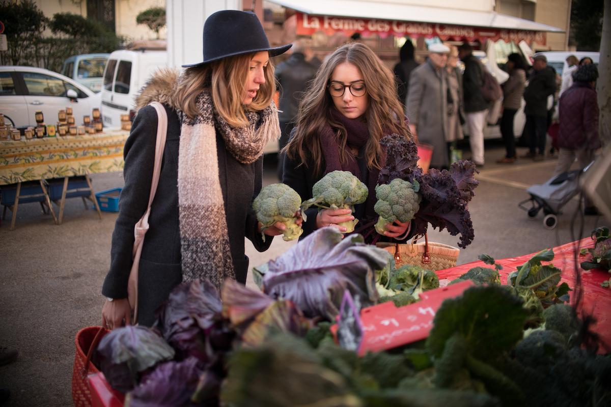 Amandine & Claire au marché